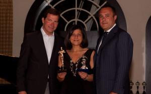 La foto del conferimento del premio nel 2010 in USA